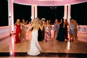 jessjamesweddingf 9 300x200 - Bride Is About To Throw Bouquet, But Suddenly, A Man Takes It And Goes Down On His Knees