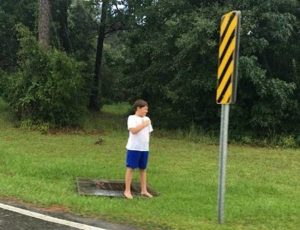 kaiden procession 600x460 300x230 - Boy Stands In Pouring Rain, Barefoot. Truth Behind Is Finally Revealed From A Photo