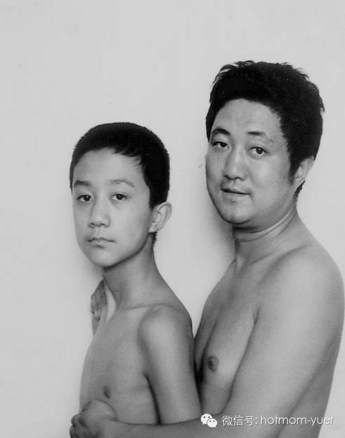 ntd father and son 1997 - 무려 '27년'간 매년 아들과 같은 사진을 찍은 아버지 (사진)