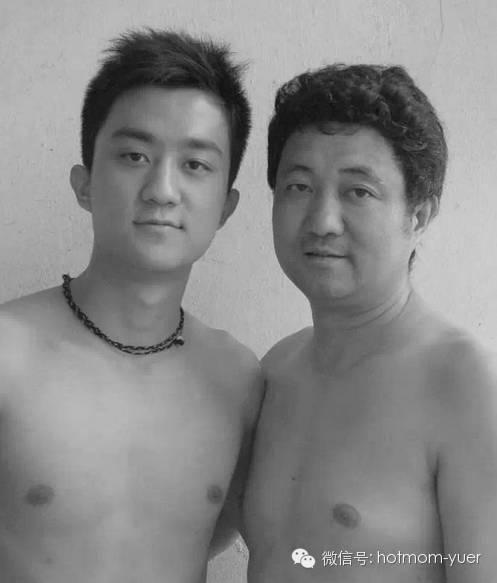 ntd father and son 2004 - 무려 '27년'간 매년 아들과 같은 사진을 찍은 아버지 (사진)