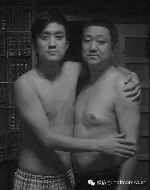 ntd father and son 2007 - 무려 '27년'간 매년 아들과 같은 사진을 찍은 아버지 (사진)