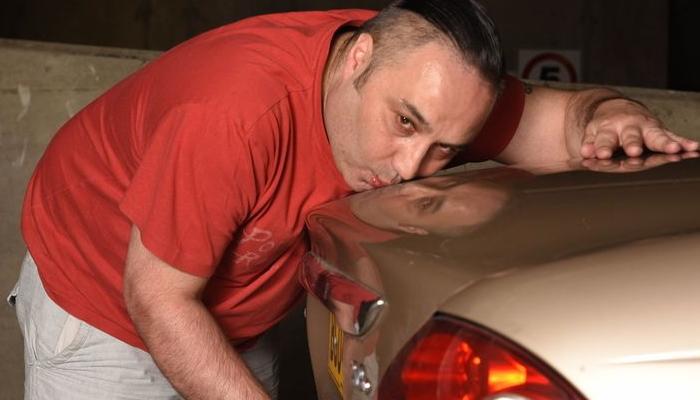 3om6dihv07899884iwc6 - 자신의 자동차에게 '성적'인 흥분 느끼는 남성
