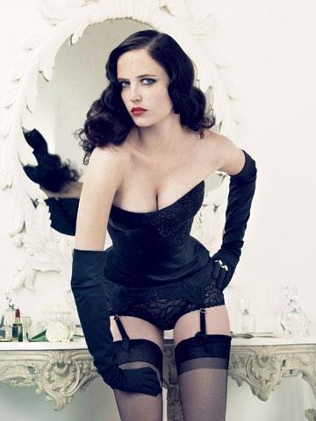 59cc45eccc3da le top des actrices les plus sexy de films daction  - Le top des actrices les plus sexy de films d'action