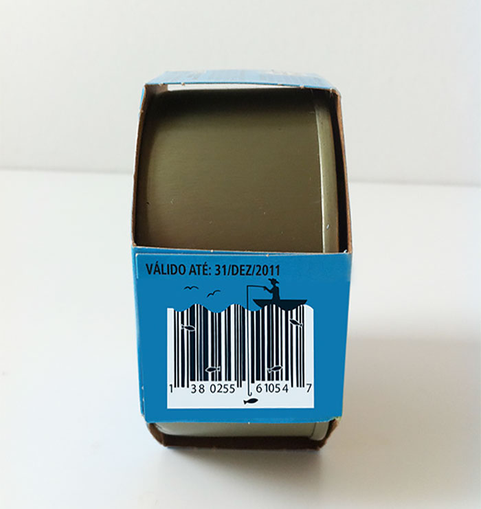 creative barcode designs 305 59a3cb446804c  700 - 삑! 평범함을 거부하는 예술적인 바코드 디자인 모음 (사진 19장)