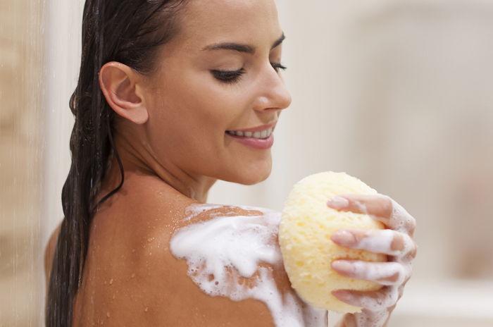 di4a2edqkt99oyfm7vrz - 99%의 사람들이 평생 잘 못 해 온 샤워 습관 10가지