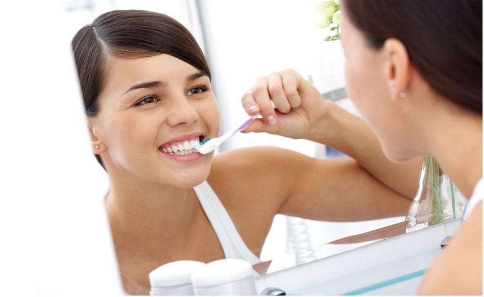 did1 - '양치질' 할 때 나도 모르게 '치아를 상하게' 만드는 습관 10가지