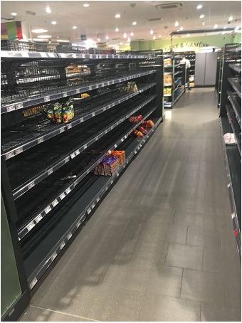 e5beb7e59c8be8b685e59586 - 為了讓大家正視「種族歧視」的嚴重性!德國超市把所有「國外商品」都下架了!