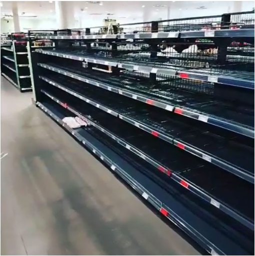 e5beb7e59c8be8b685e595862 - 為了讓大家正視「種族歧視」的嚴重性!德國超市把所有「國外商品」都下架了!