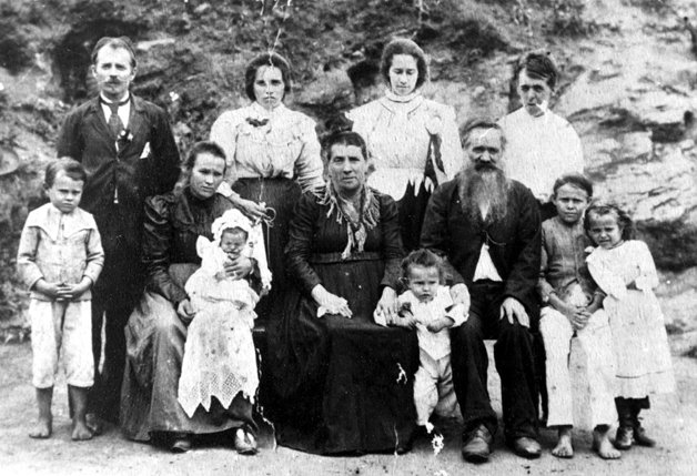 img 59ae3712e6377 - Conheça agora o site que te ajuda a localizar fotos dos seus antepassados imigrantes