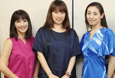 img 59b9694a90e95 - 「演出舞台で2人の女優降板」 鈴木砂羽が土下座させたから!?