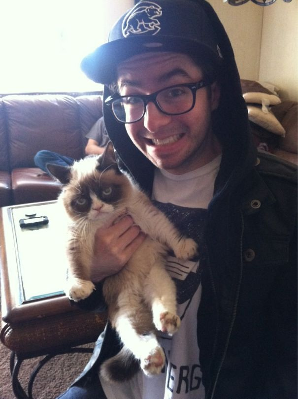 jacksonvstheworld - 주인과 '셀카' 찍기 싫은 고양이들의 반응 (사진 15장)