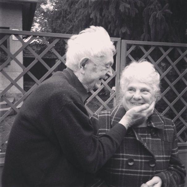 nasi  605 - 서로를 향한 애정이 느껴지는 사랑스러운 '노부부'의 일상들