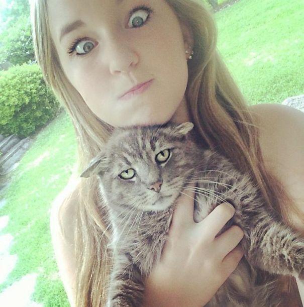 trap78 - 주인과 '셀카' 찍기 싫은 고양이들의 반응 (사진 15장)