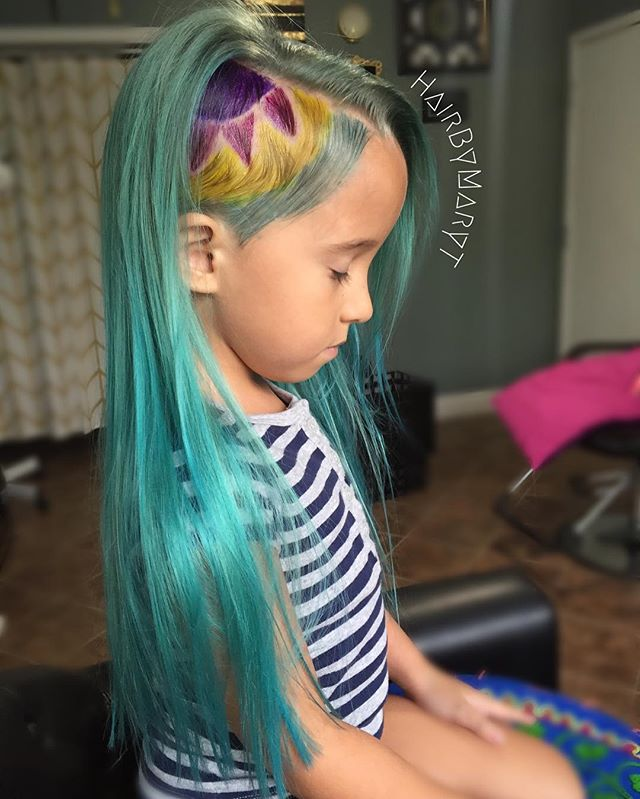 "14063526 1671338813185807 993207390 n - Mom Dyes Her Daughter into ""Unicorn Hair""... But People Are Still Mad"