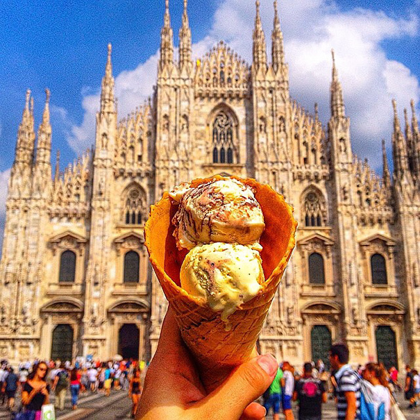 food around the world sweets travel girl eat world 35 5723028ec4962 605 - 전세계를 여행하며 다양한 '길거리 음식'을 소개하는 소녀 (사진 40장)