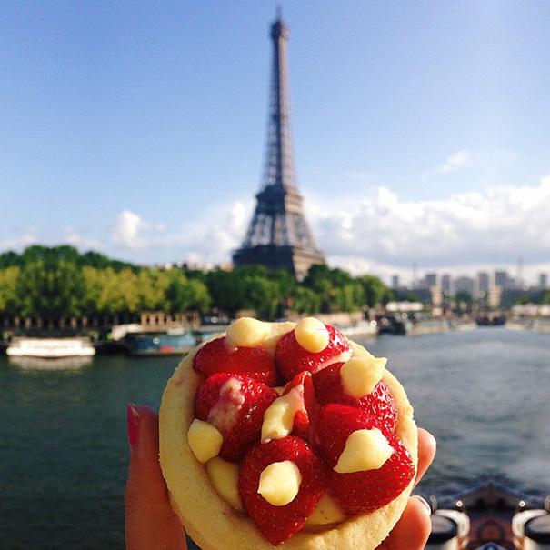 food around the world sweets travel girl eat world 50 57230209d1542 605 - 전세계를 여행하며 다양한 '길거리 음식'을 소개하는 소녀 (사진 40장)