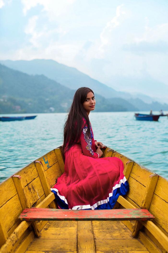 10 40 - 60개국을 여행하며 렌즈에 담은 각국의 아름다운 여성들 (사진 37장)