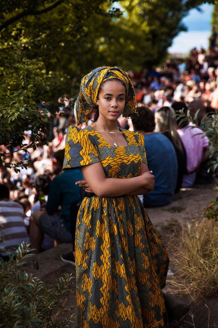 21 8 - 60개국을 여행하며 렌즈에 담은 각국의 아름다운 여성들 (사진 37장)