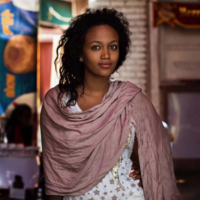 3 281 - 60개국을 여행하며 렌즈에 담은 각국의 아름다운 여성들 (사진 37장)