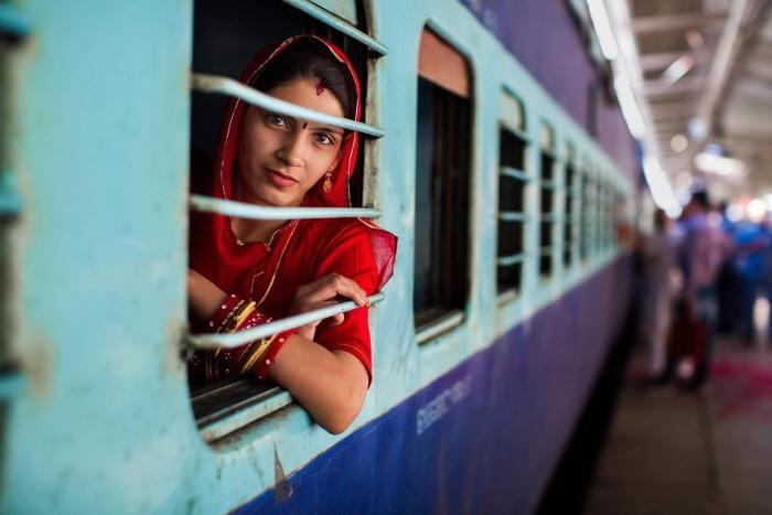 37 2 - 60개국을 여행하며 렌즈에 담은 각국의 아름다운 여성들 (사진 37장)