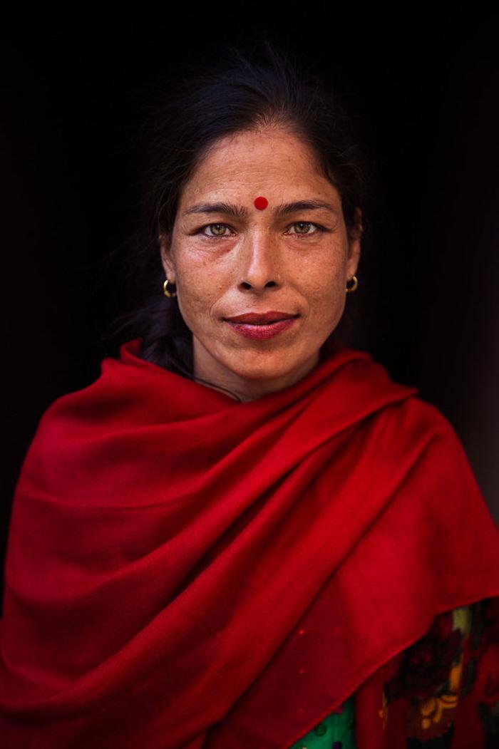 8 69 - 60개국을 여행하며 렌즈에 담은 각국의 아름다운 여성들 (사진 37장)