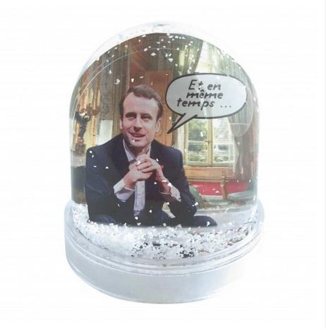 capture decran 2017 11 23 a 16 49 39 - [Idée cadeau] Ces boules à neige à l'effigie de Macron réveilleront votre esprit de Noël