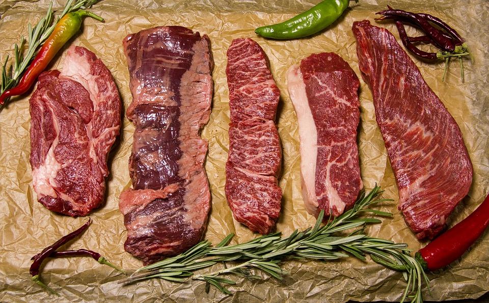 meat 2758553 960 720 - '건강'을 위해 지금보다 고기를 '두 배' 더 먹어야 하는 이유
