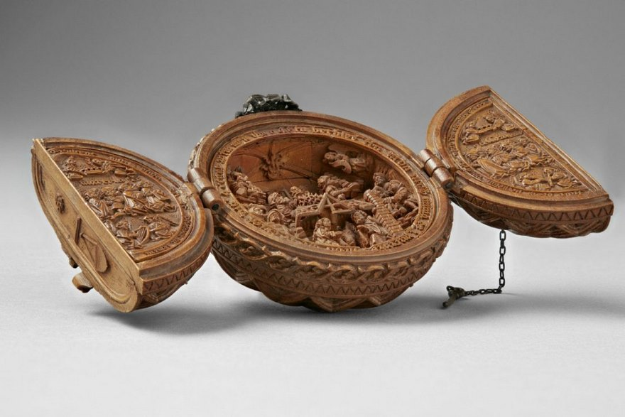 miniature boxwood carvings 16th century 4 - 16th Century Boxwood Carvings Are So Tiny That Researchers Need To Use CT-scanning For Their Research