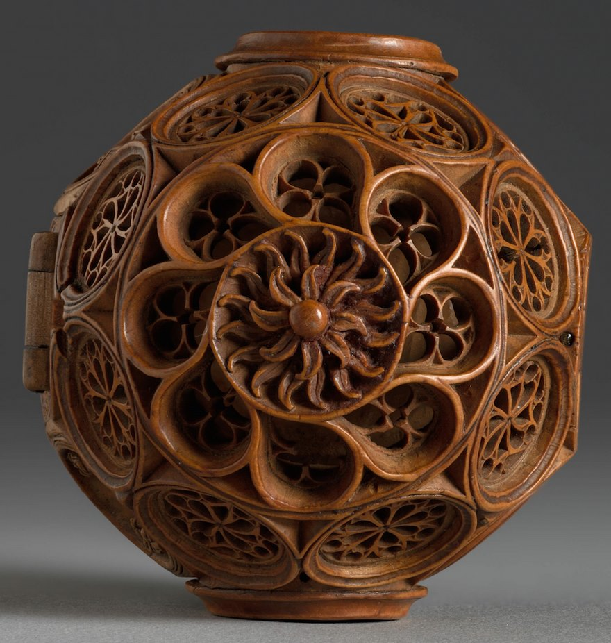 miniature boxwood carvings 16th century 8 - 16th Century Boxwood Carvings Are So Tiny That Researchers Need To Use CT-scanning For Their Research