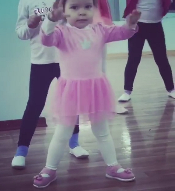 toddler dancing 2 - Toddler Ballets In Adorable Pink Tutu, And Becomes A Viral Sensation Worldwide