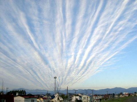1 335 - ほんとに地震がくるの?初めての「地震雲」の知識
