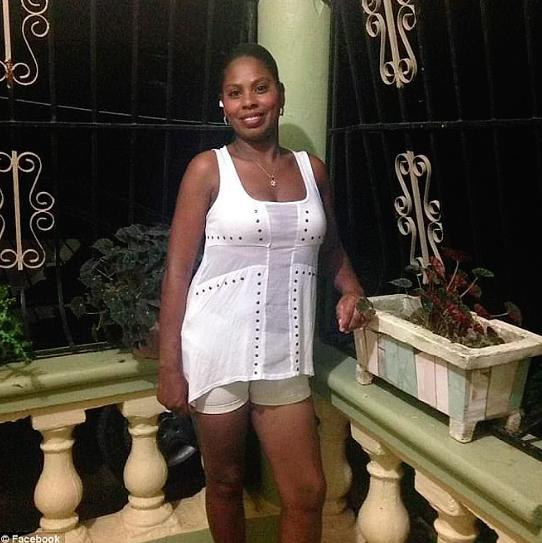"""11 71 - Britânico viaja à República Dominicana para conhecer sua namorada virtual e é rejeitado por ser ''pobre"""""""