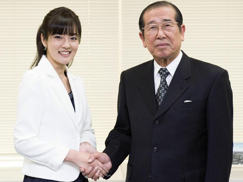 2 449 - nhkアナウンサー鈴木奈穂子は「デジタル・マドンナ」!地デジ化運動で大活躍!