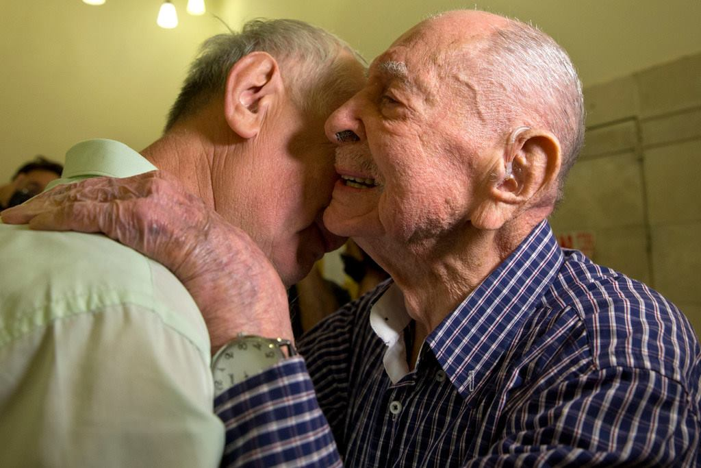 23737657 10155576823180667 6574179589295291573 o - Holocaust Survivor Meets Family After Thinking They All Died in Camp