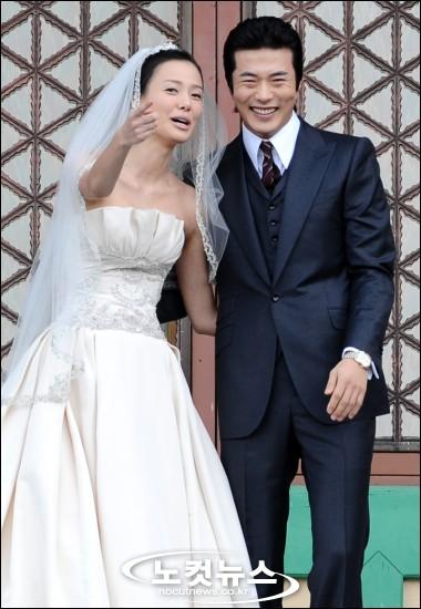 3 382 - クォン・サンウの妻であるソン・テヨンも超美人!過去のスキャンダルは?