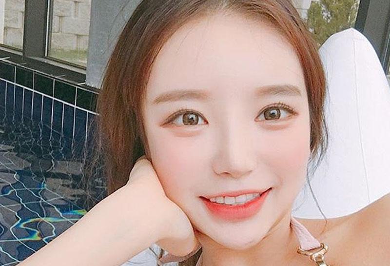 4 241 - 大人気!韓国メイクで作る旬顔メイク方法