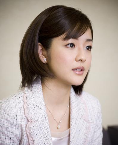 5 26 - nhkアナウンサー鈴木奈穂子は「デジタル・マドンナ」!地デジ化運動で大活躍!