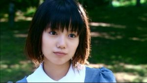 52 3 1 300x169 - 大女優に変貌を遂げた宮崎あおいのグラビア時代