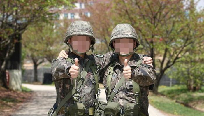 7vslk656v97s11i8vncn - 군대 계급별로 알아보는 '군생활 꿀팁' 5가지