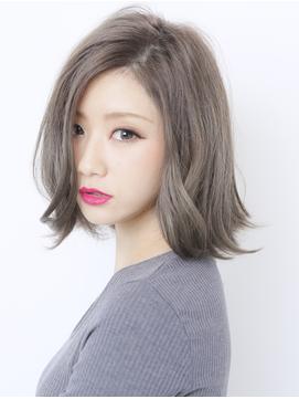 b023218603 271 361 - 可愛くなれる人気のミルクティーカラーに髪色を変えてみませんか?
