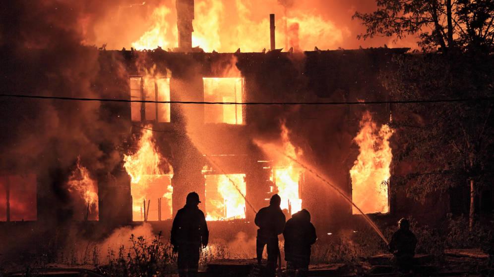 como actuar si hay un incendio en tu edificio para salvar la vida - 15 increíbles datos curiosos que nunca imaginaste, ¡te van a sorprender!