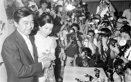 岡田太郎,吉永小百合에 대한 이미지 검색결과