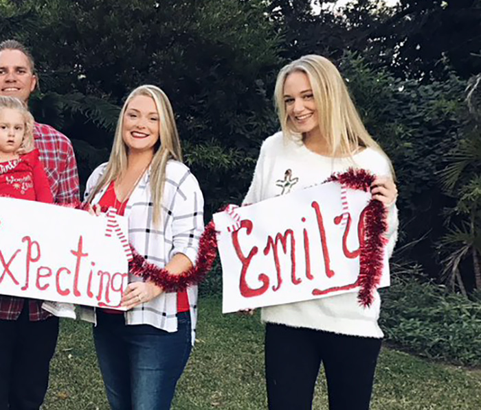 family christmas card gone viral 3 - This Family Christmas Cards Are Indescribable, Emily Is Emily