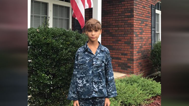 flag - Boy gets bullied for wearing brother's Navy uniform to School. So Big Brother Drives 7 Hours To Surprise Him