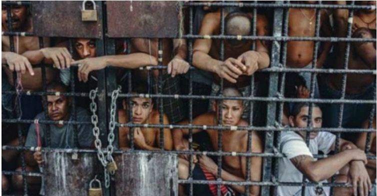 """img 5a23eda1a74bb - """"차라리 죽여줘"""" 수감자들이 끔찍해 했던 세계에서 가장 잔혹한 감옥 9곳"""