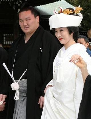img 5a25358074d6c - 相撲界を代表する白鵬さんと妻、和田紗代子さんについてまとめました。