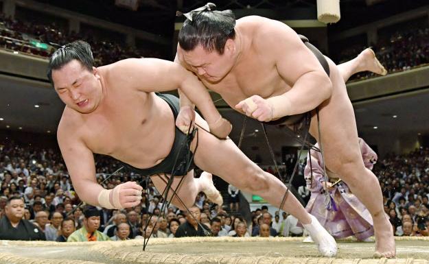 img 5a2535dd9ae74 - 相撲界を代表する白鵬さんと妻、和田紗代子さんについてまとめました。
