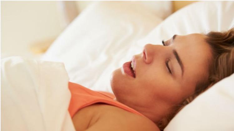 "img 5a314c5de20b1 - 의외의 건강상식 ""침 흘리면서 자는 게 더 건강에 좋다"""