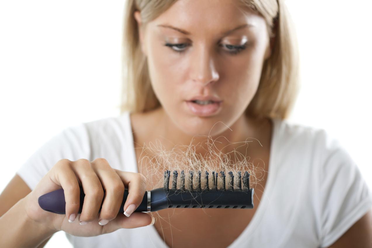 mitos caida del cabello 1 - 9 Señales de advertencia de desequilibrio hormonal que pueden producir manchas faciales