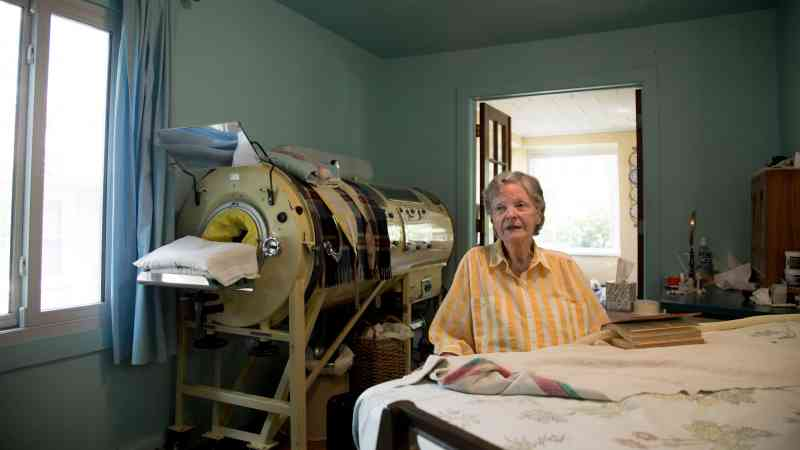 negative pressure ventilators 2 - One of Three Iron Lungs Users In The United States